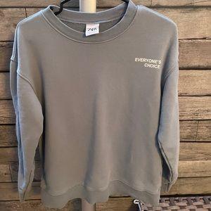 ZARA Men's crewneck sweater